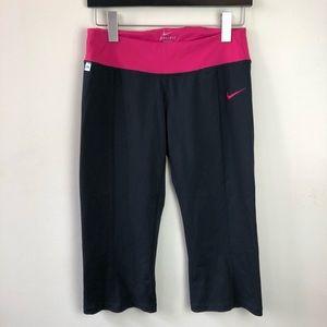 Nike size small dri fit crop leggings